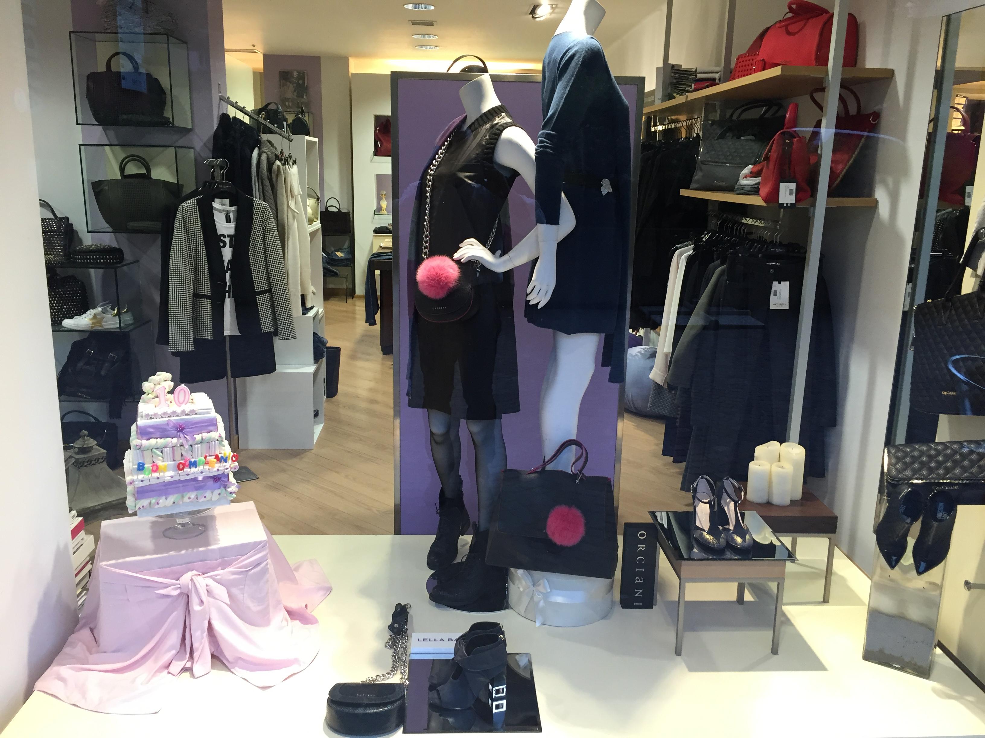 Narciso abbigliamento calzature albino negozi bergamo for Negozi di arredamento bergamo