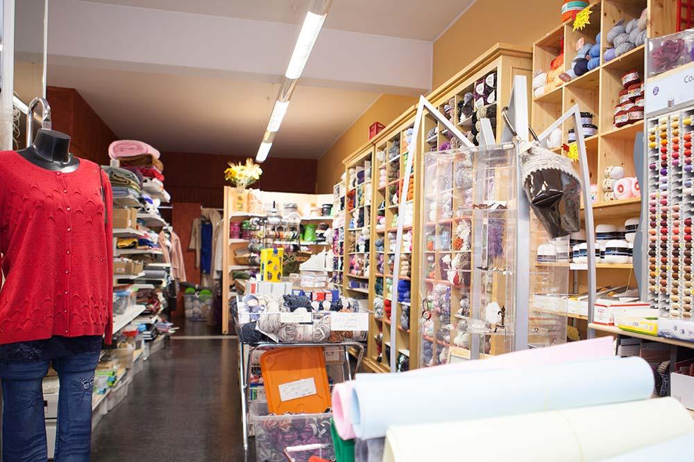 La bottega delle idee merceria sartoria leffe negozi for Negozi arredamento bergamo e provincia