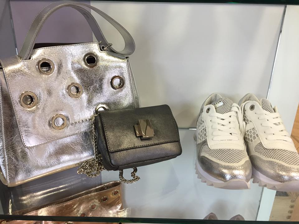 Narciso abbigliamento calzature albino negozi bergamo for Negozi arredamento bergamo e provincia
