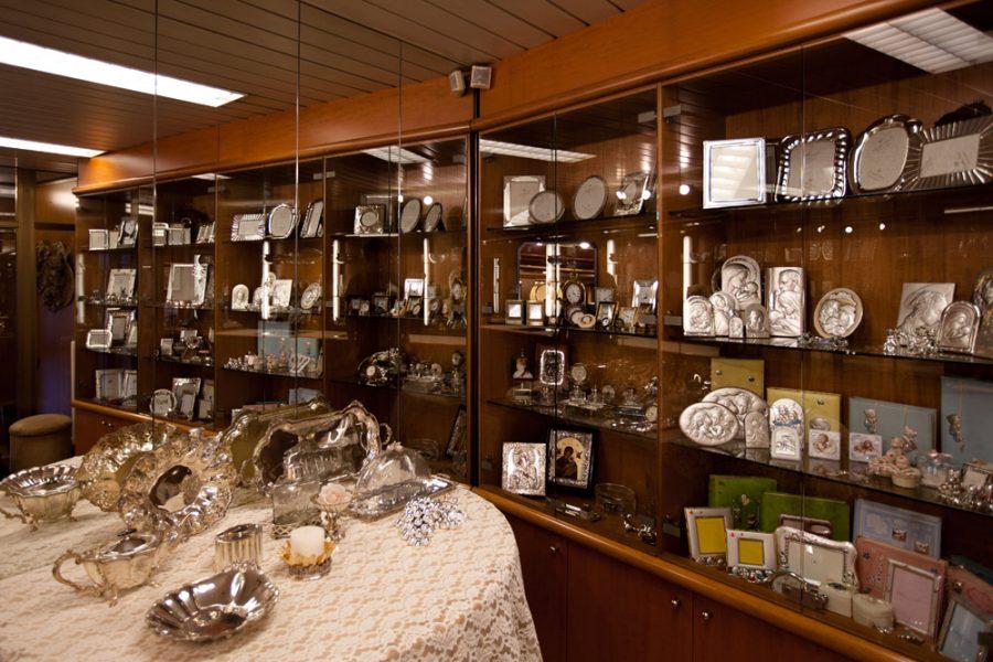 Gioielleria quark gandino negozi bergamo for Negozi arredamento bergamo e provincia