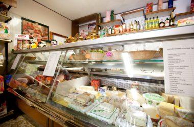 Alimentari-Azzola-Mini-Market-Gandino