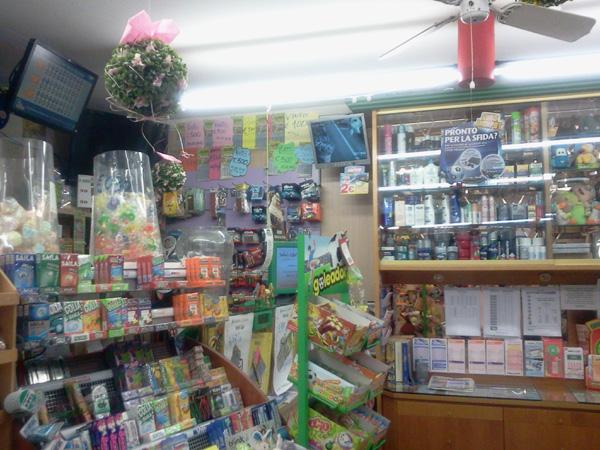 Tabaccheria edicola la stylo casnigo negozi bergamo for Negozi arredamento bergamo e provincia